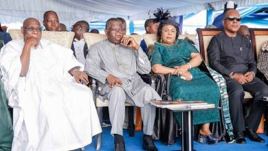 Photo of Osinbajo, Obasanjo, Jonathan, others honour Emmanuel at Father's burial