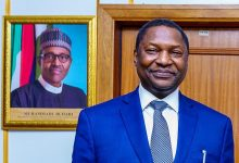Photo of Nigeria moves to recover looted £200m in United States